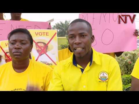 Abavubuka mu NRM banenya Museveni obutakola kimala kulwanyisa bukenuzi