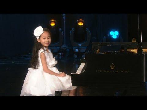 Una Pianista Muy Talentosa Con Tan Sólo ¡8 Años!