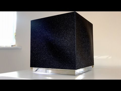 Naim MuSo Qb - This gorgeous cubed speaker's sound is as big as it's price tag