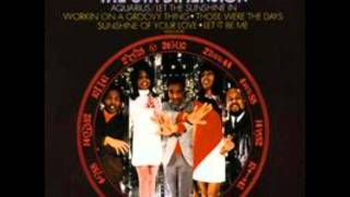 Aquarius-Let the Sunshine In - 5th Dimension (The Age of Aquarius)