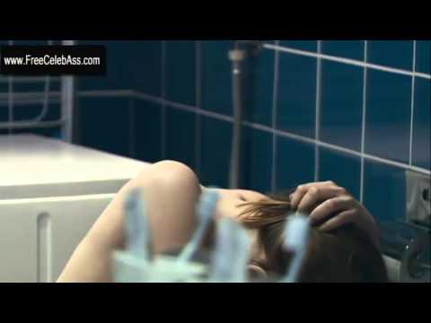 Erika Sainte Sex Scene in Elle ne pleure pas elle chante