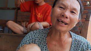 Nước mắt người mẹ nuôi 6 người trong gia đình bị tâm thần