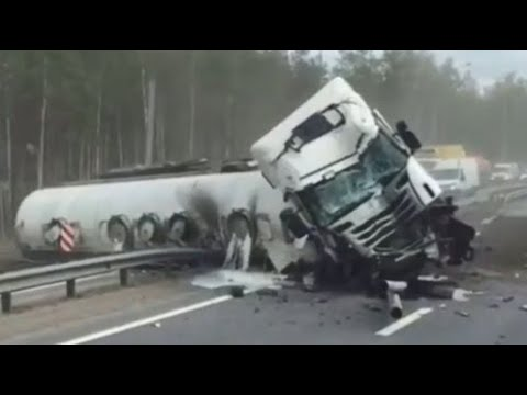 АВАРИИ ГРУЗОВИКОВ - ПОДБОРКА ЖЕСТИ ИЗ АРХИВА ЭВАКУАТОРЩИКА 2020 - TRUCK ACCIDENTS / CRASH TRACKS
