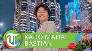 Bastian Steel Ulang Tahun, Shafa Harris Beri Kado