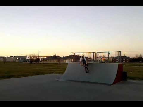 Troy IL Skatepark - Jason D - 360