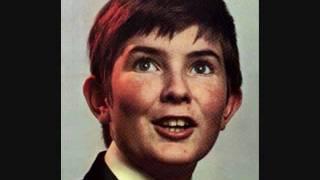 Richard Bonsall(Boy soprano) - Voi Che Sapete.wmv