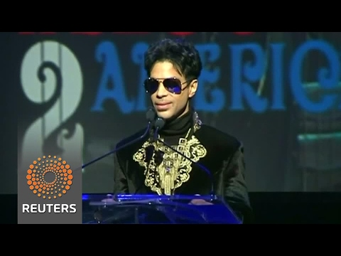 Opioids found in Prince's home, some in bodyguard's name