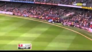 Ball Hits The Roof! - KFC Big Bash League Drama 2012-2013!