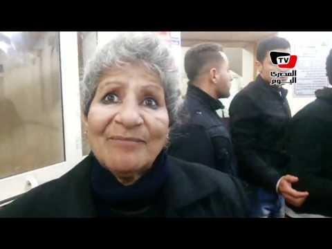 إحدى النازحين من العريش: «قتلوا ابنى وزوجى وسرقوا الذهب وحرقوا المنزل وهربوا»