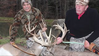 preview picture of video 'Recurve Bow Hunting - Pennsylvania Whitetail'