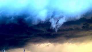 preview picture of video 'De Haan vlak voor de doortocht van de shelfcloud op 5 augustus 2013'