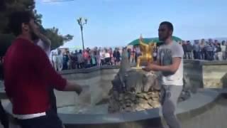 Чеченцы танцуют в крыму
