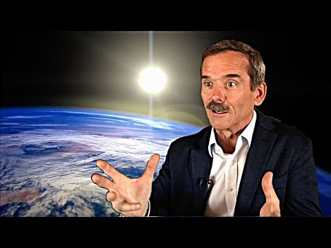 Chris Hadfield Explains His View Of Earth From Space