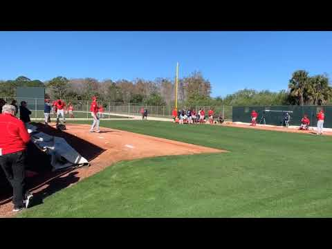 Colten Brewer (right) throws bullpen during Boston Red Sox spring training 2019