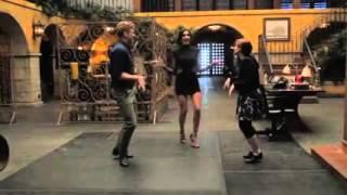 NCISLA Relève le Tap Dance Challenge avec Renée Felice Smith, Daniela Ruah, Barrett Foa et Eric Christian Olsen - Août 2015