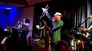 Funkin' for Jamaica - Tom Browne 2018 (Smooth Jazz Family)