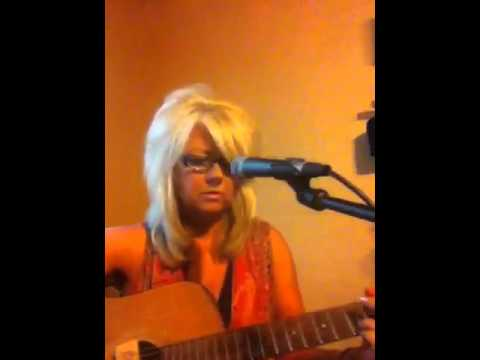 Carolyn Moore singing Louise by Bonnie Raitt