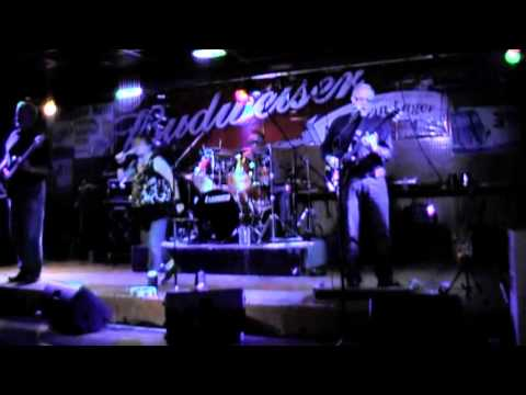 Piece of My Heart - cover by Mynx Dec 8 2012 - L&B Pizzeria - Toys for Tots