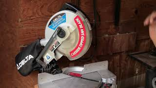 "Delta 10"" Compound Power Miter Saw - Carbide-Tipped Saw Blade - Includes Dust Collector - Works"