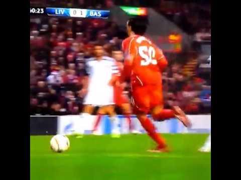 Chiếc thẻ đỏ quá dị của Liverpool