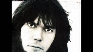 Neil Young Nowadays Clancy Cant Even Sing