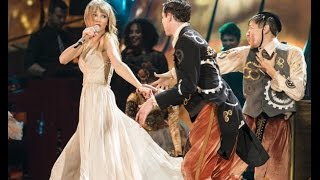 Taylor Swift - Love Story (DVD The RED Tour Live)