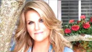 TRISHA YEARWOOD Hands