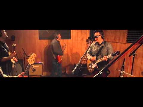 "The Sullivans: Live from the studio - ""Underneath My Eyes"""