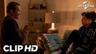 Universal Pictures ESTE CUERPO ME SIENTA DE MUERTE - Millie intenta contarle a Booker la verdad anuncio