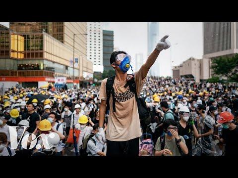 Proč v Hongkongu probíhají obrovské protesty