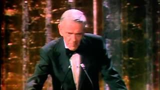 'You Light Up My Life' Wins Original Song: 1978 Oscars
