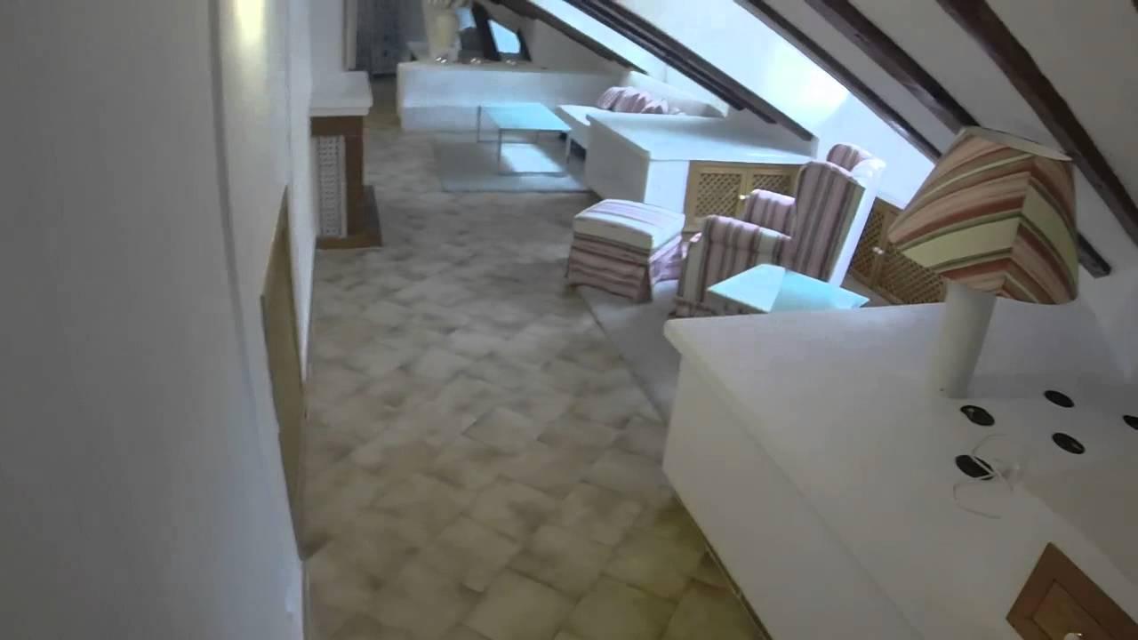 Charming one-bedroom attic loft in Malasana