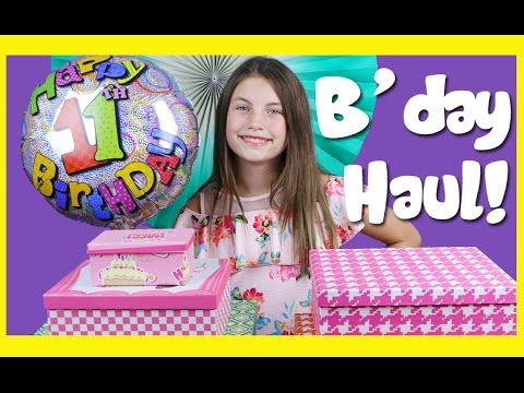 Charli & Ashlee's Birthday Haul video!  Charli's Crafty Kitchen kids opening presents!