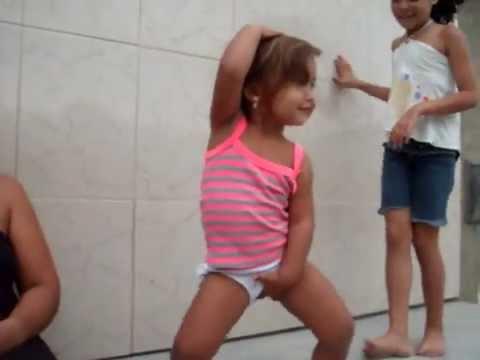 vitoria dançando o enfica