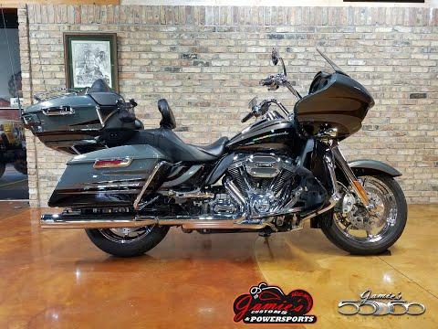 2016 Harley-Davidson CVO™ Road Glide™ Ultra in Big Bend, Wisconsin - Video 1