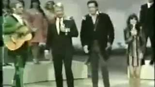 The Johnny Cash Show - He's Got The Whole World In His Hands