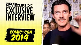 Люк Эванс, Luke Evans 'The Hobbit: The Battle of the Five Armies' Exclusive Interview: Comic-Con (2014) HD