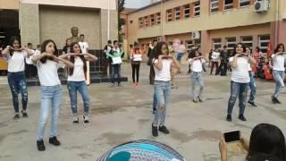 6lE edis dudak dans gösterisi 😊😊