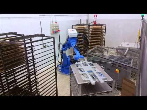 MBL SOLUTIONS SRL - Impianto Automatico Robotizzato svuotamento teglie prodotti da forno