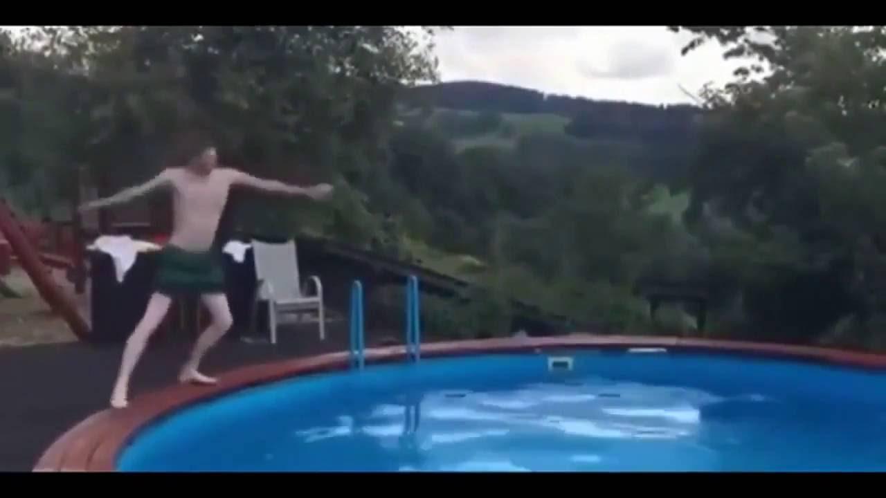 Мужская пародия на синхронное плавание — невозможно сдержать смех!