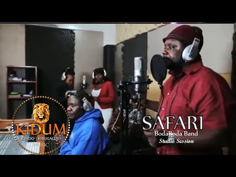 Kidum and Boda Boda Band (Safari)