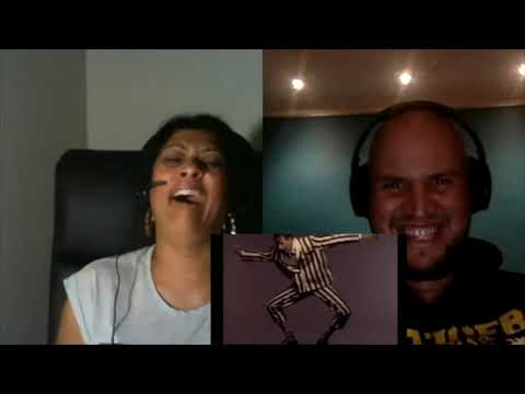 She Drives Me Crazy - Fine Young Cannibals (Aussie Reactions) - True Colours Podcast
