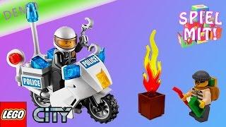 preview picture of video 'Lego City Feuerwehr Polizei Krankenwagen deutsch (Demo) - Lego City Starter Set 60023'