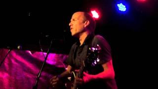 Brakes perform 'Porcupine or Pineapple' at The Lexington, London, 7 September 2015