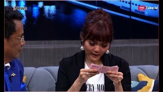 Korek Alasan Rina Nose Lepas Hijab, Hotman Paris Keluarkan Uang Segepok Part 2A - HPS 05/12