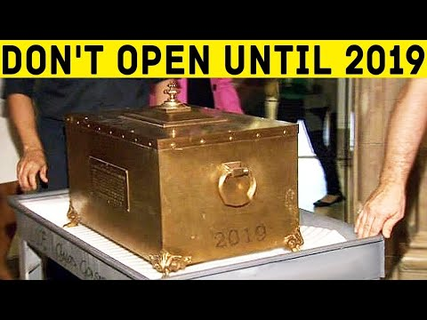 100-Year-Old Time Capsule Was Finally Open!