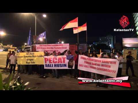 Terkini! Ketua Cawangan Umno Demonstrasi Desak Dali Undur!