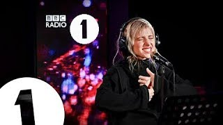 Hayley Williams - Dont Start Now (Dua Lipa Cover) In The Live Lounge