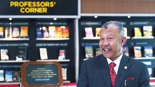 Prof Corner di PSB UUM bersama Dato Prof Dr Sudin Haron