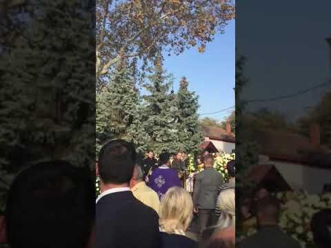 Sahrana Milene Dravić: Opelo na Novom groblju